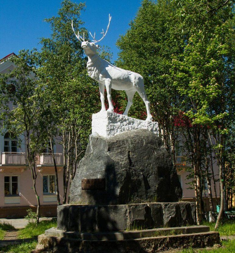 Олень символ города