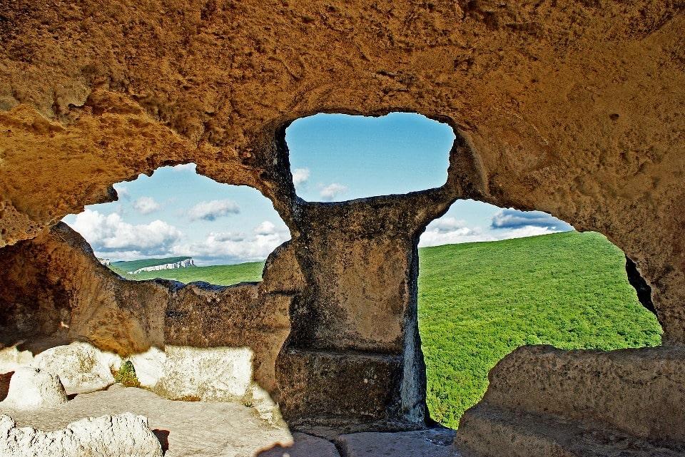 Вид из пещерного города