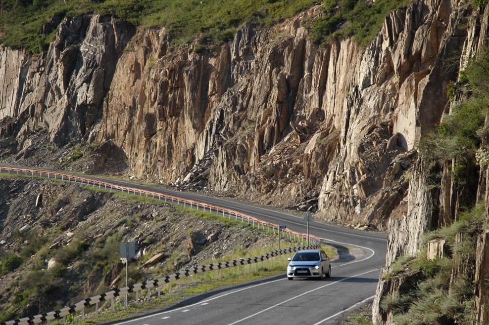 Горная дорога – испытание для водителей