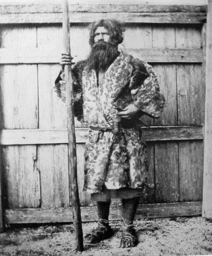Мужчина-айн (около 1880 г.)