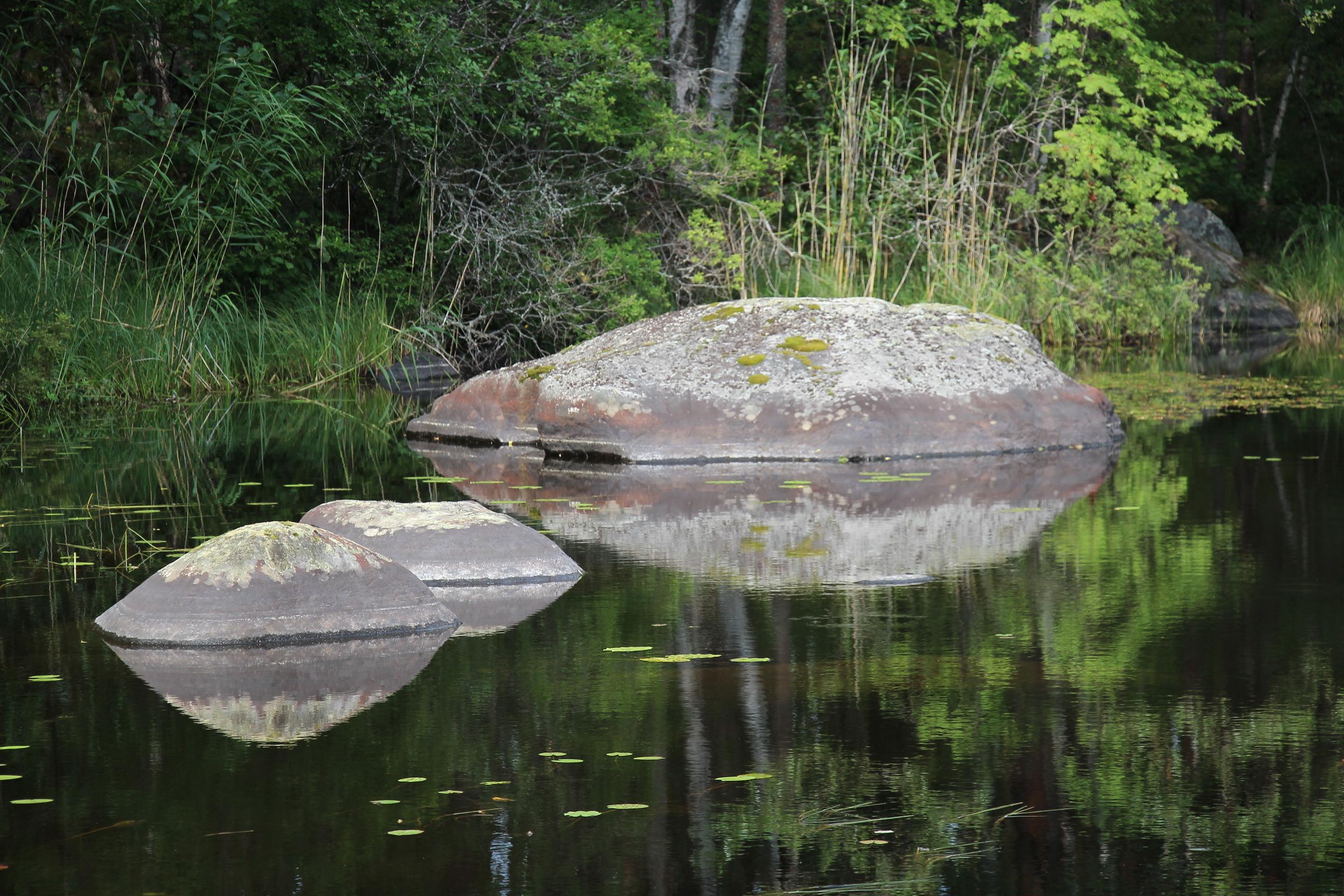 На озере всегда царит тишина и покой