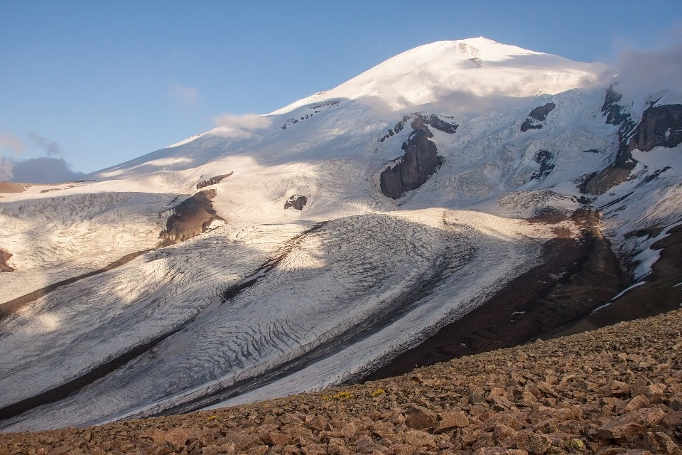 Кавказские ледники выглядят очень эффектно