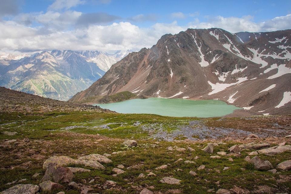 Северный Кавказ очень богат на красивые озера