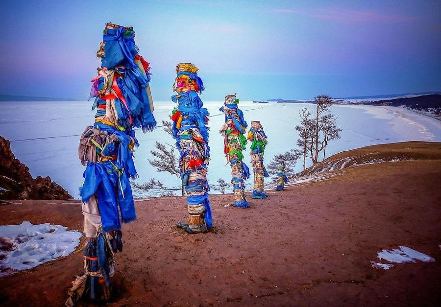 В древности на мысу шаманы проводили религиозные обряды