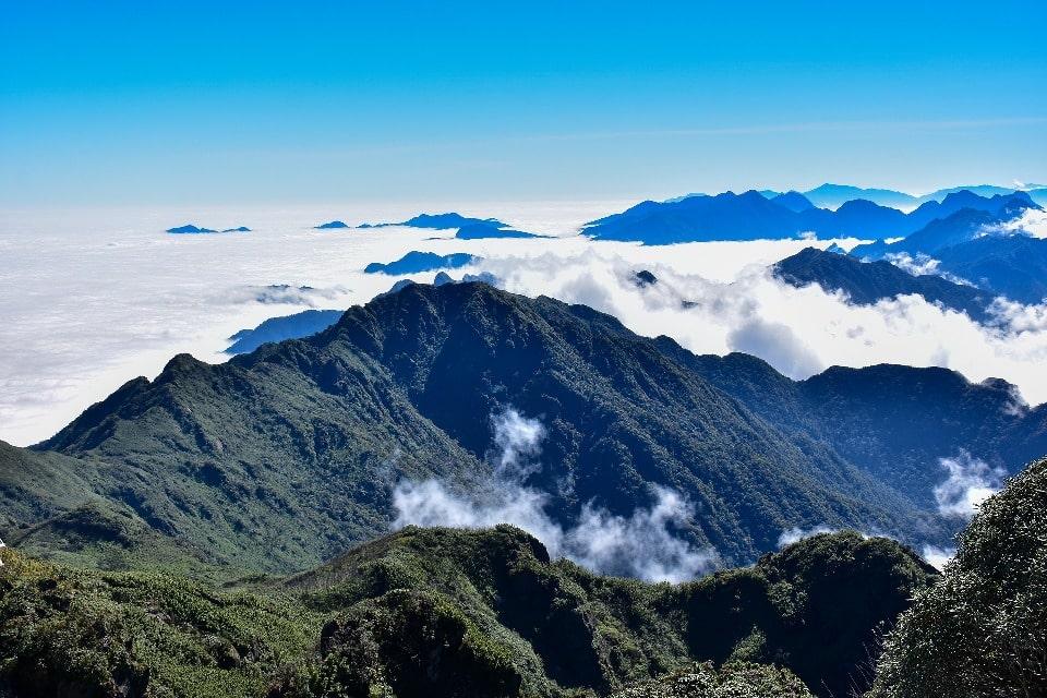 Эти горы образовались сотни миллионов лет назад