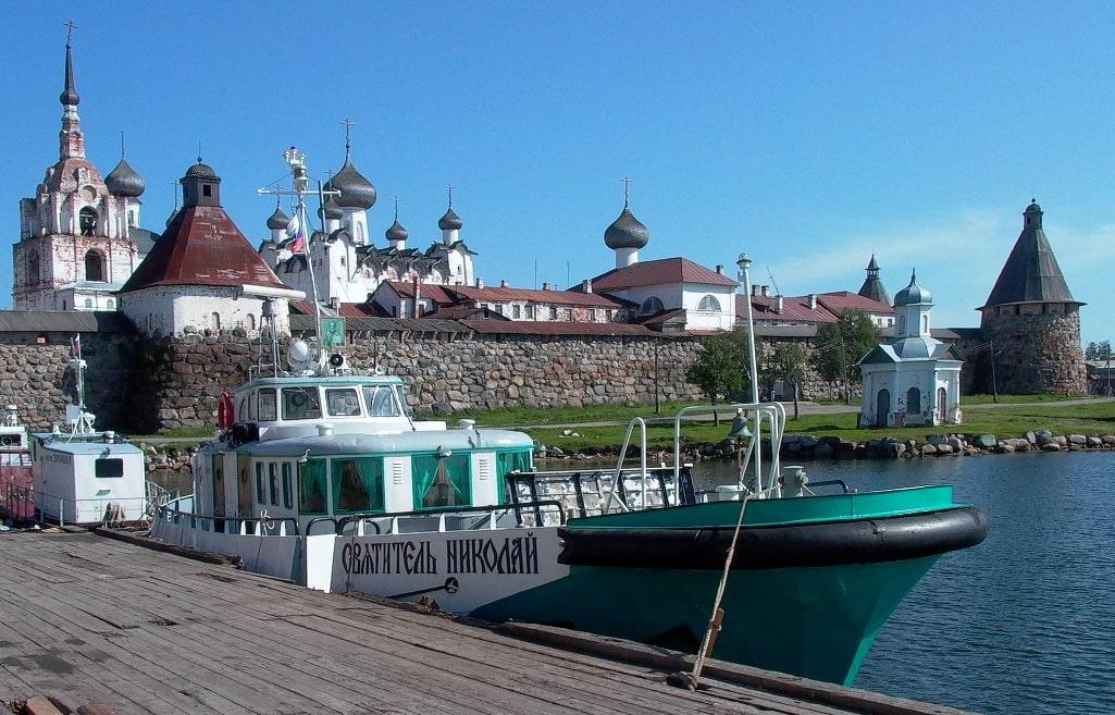 Соловецкий монастырь находится под охраной ЮНЕСКО