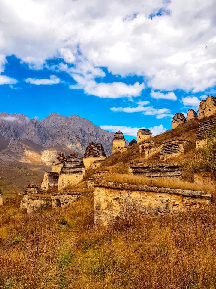 Национальным достоянием считаются древние склепы