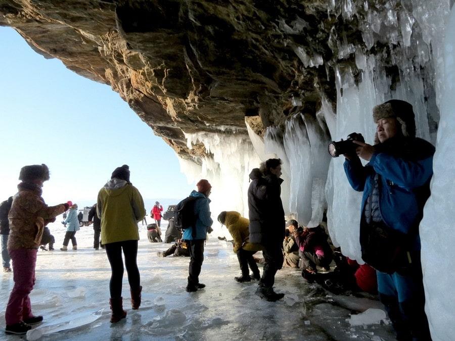 В окрестностях Байкала есть несколько пещер