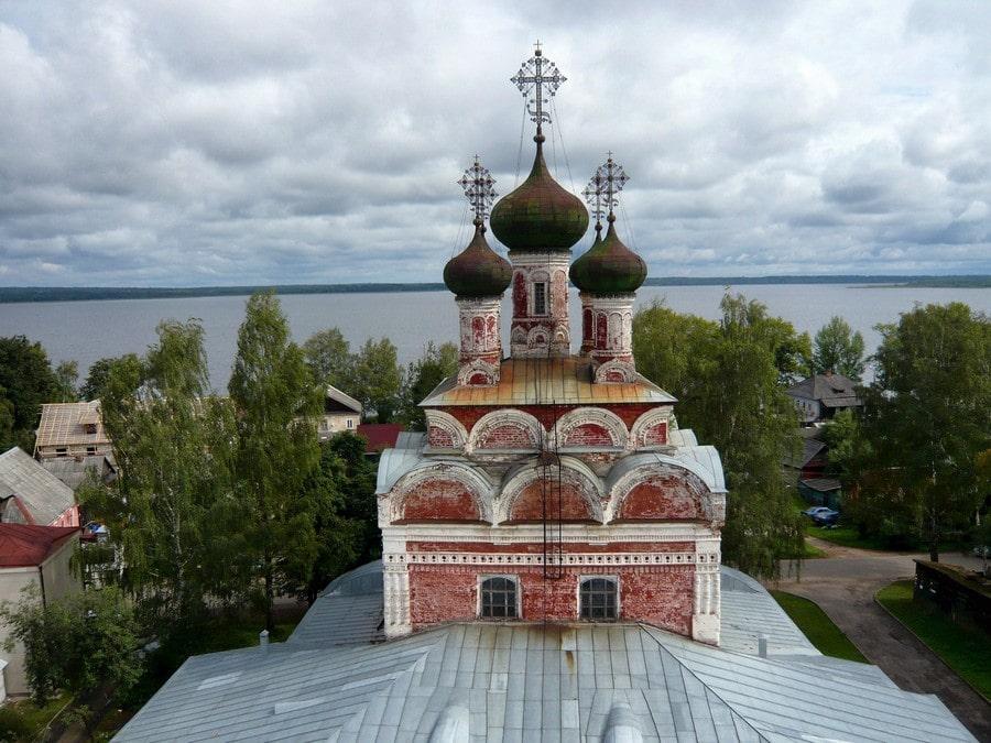 Экспозиция Осташковского краеведческого музея размещается в Троицком соборе