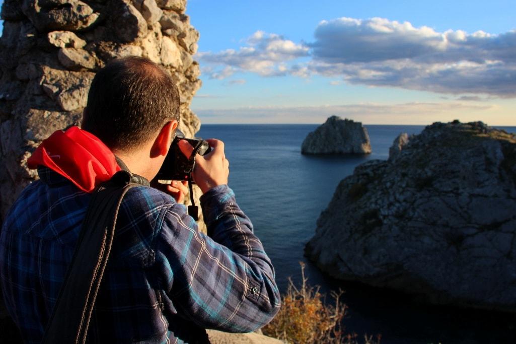 Крым славится живописными мысами и скалами