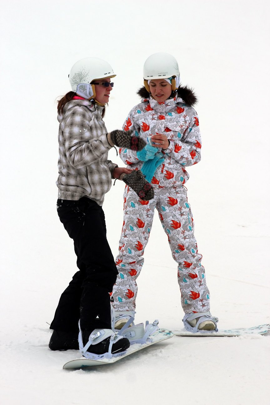 На трассах уживаются и горнолыжники, и сноубордисты