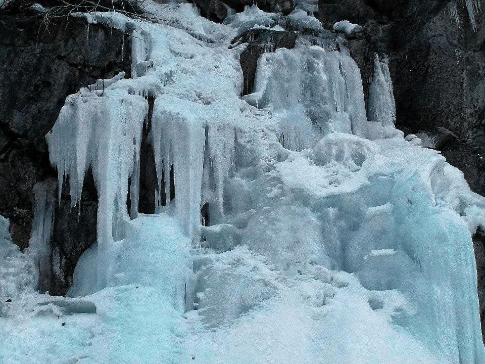Водопад красив в любое время года