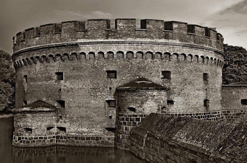 Калининград – город старинных фортов