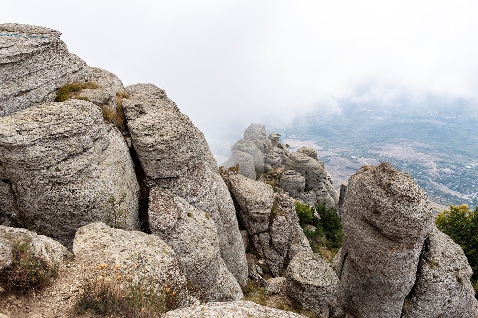 Уже более 40 лет гора является излюбленным местом скалолазов