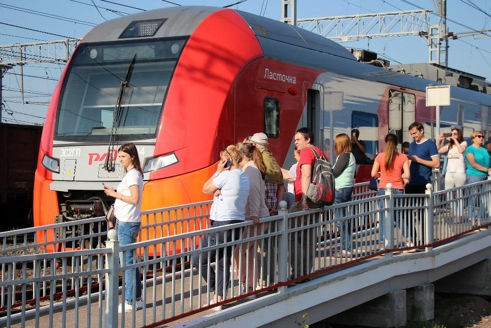 Из Калининграда до Зеленоградска быстрее всего «долететь» на «Ласточке»