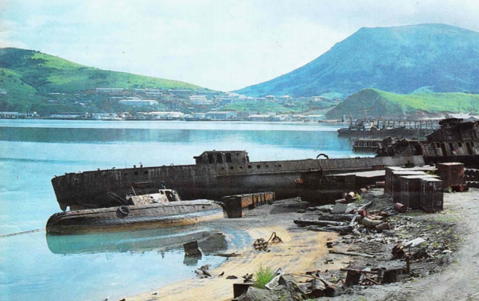 Так выглядел порт в селе Малокурильское в конце 70-х годов