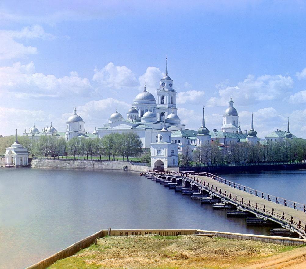 Фотография монастыря с полуострова Светлица. Сергей Прокудин-Горский, 1910