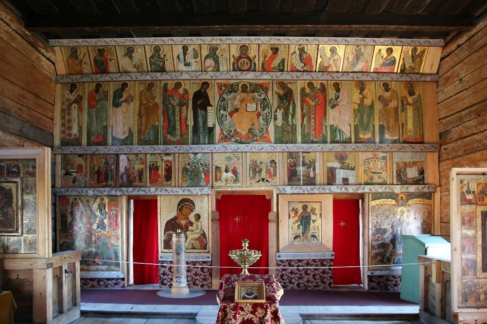 Интерьеры храма