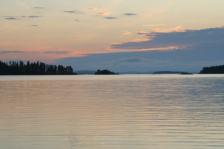 Город расположен на берегу Ладожского озера