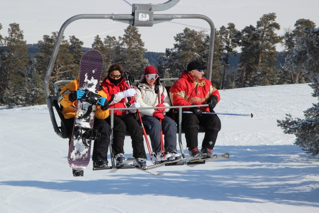 На склонах найдется место не только для горнолыжников, но и для сноубордистов