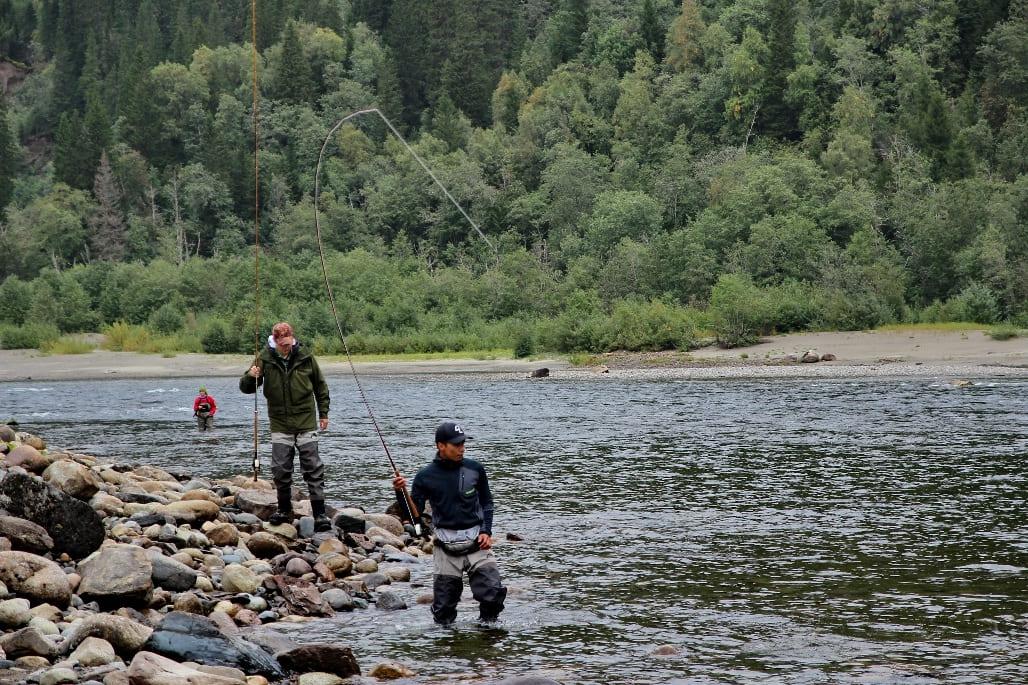 В Норвегию приезжают рыбаки со всей Европы