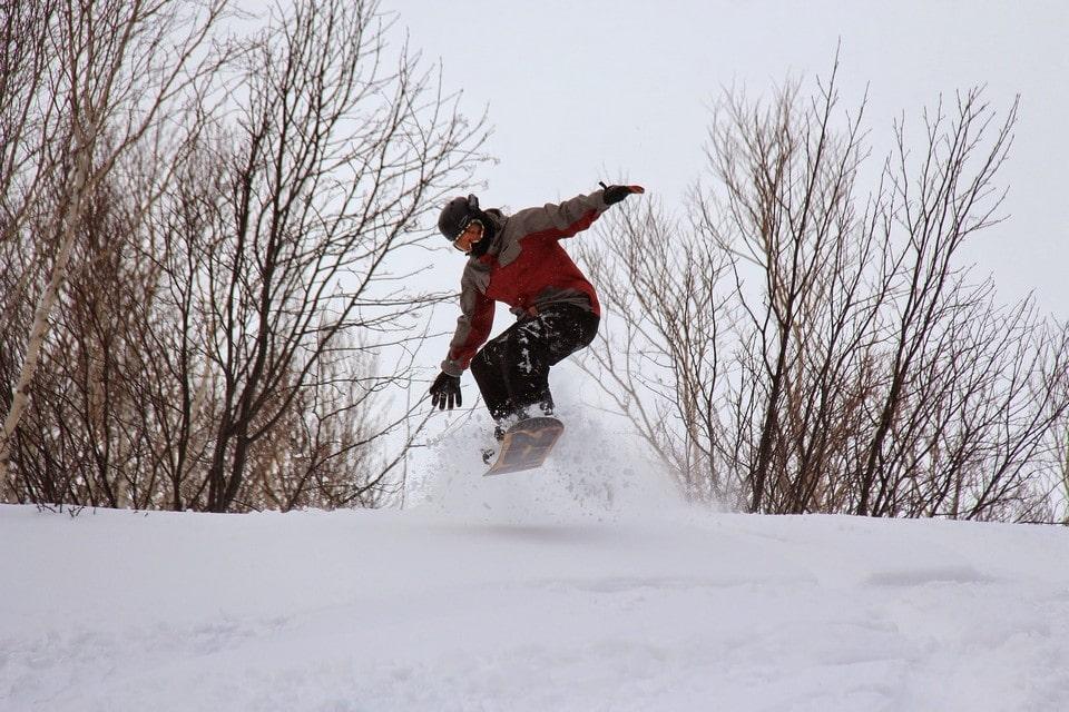 В Тахко охотно приезжают сноубордисты