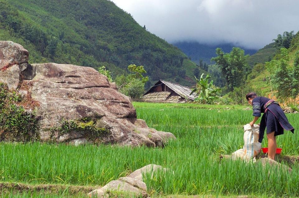 Среди туристов популярны экскурсии в окрестные деревушки