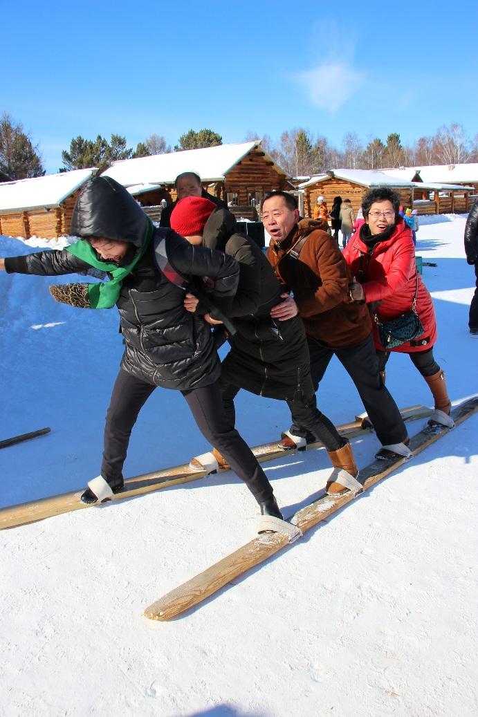 Лыжи для компании