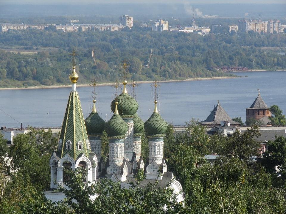 Город Бор находится на левом берегу Волги, напротив Нижнего Новгорода