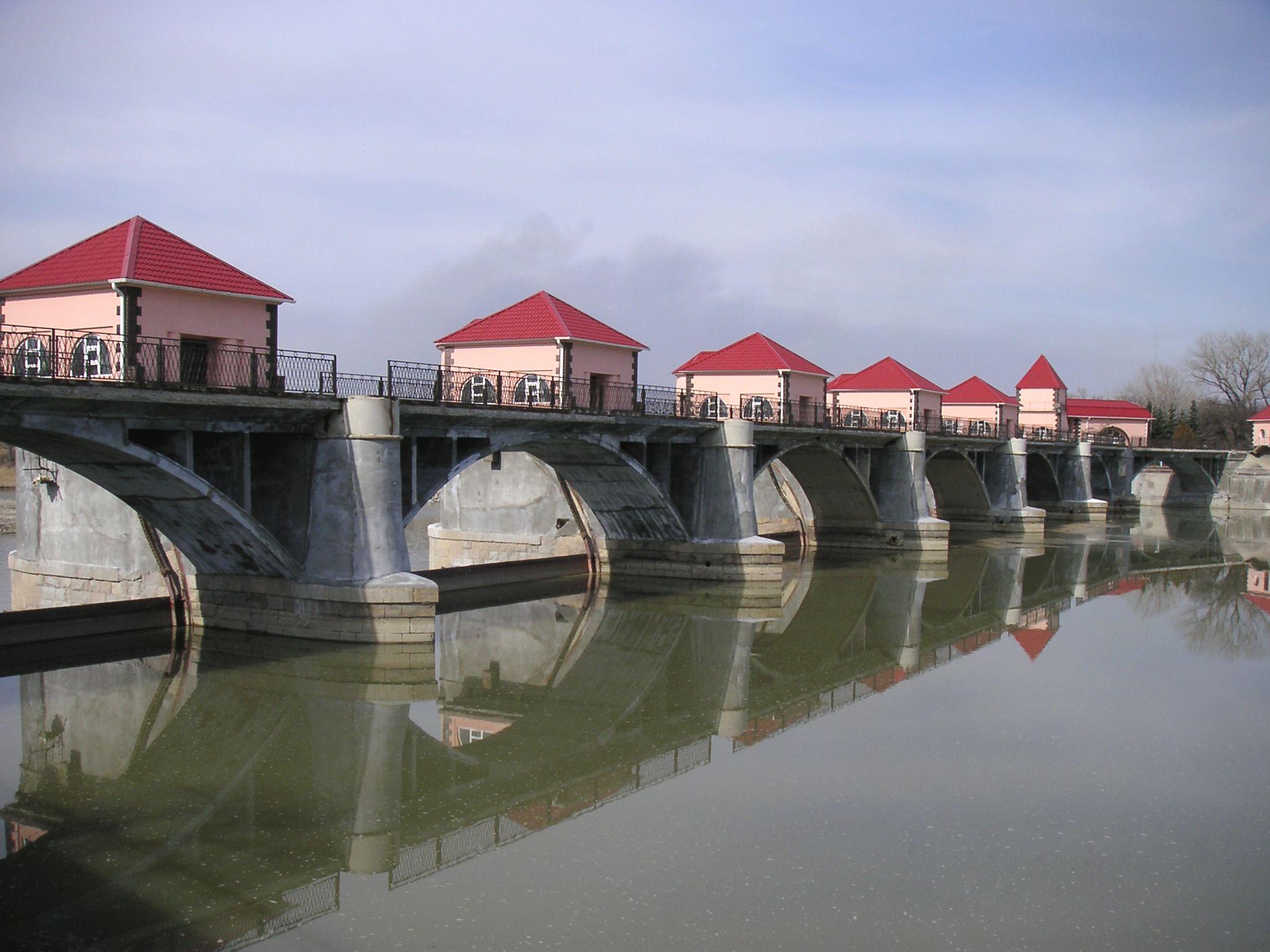 Плотина на Кубани
