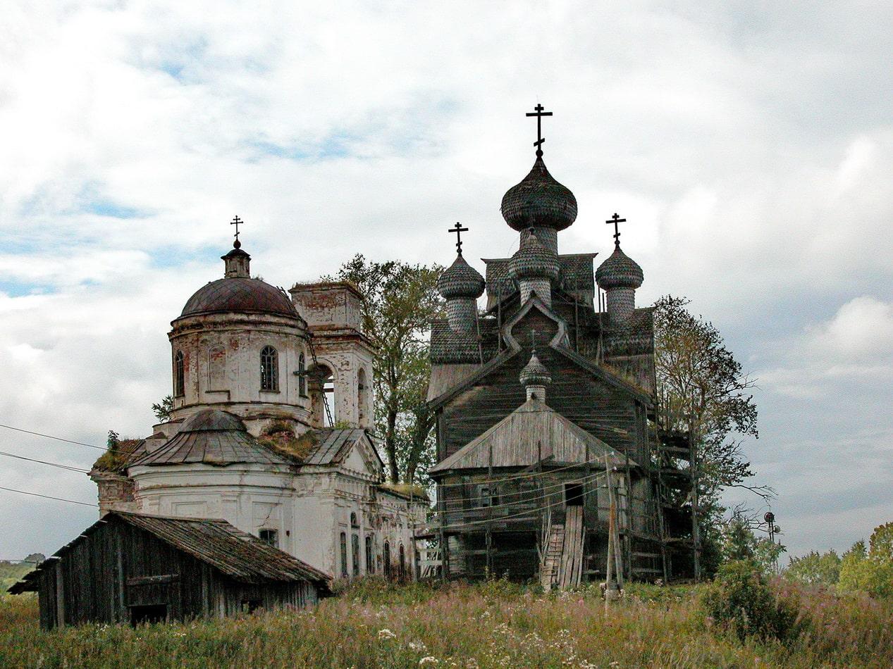Старинные храмы в окрестностях города