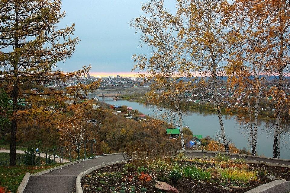 Уфа раскинулась в том месте, где в реку Белую впадают два притока – реки Дёма и Уфа