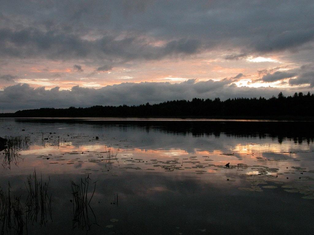 Вечер на реке Поной