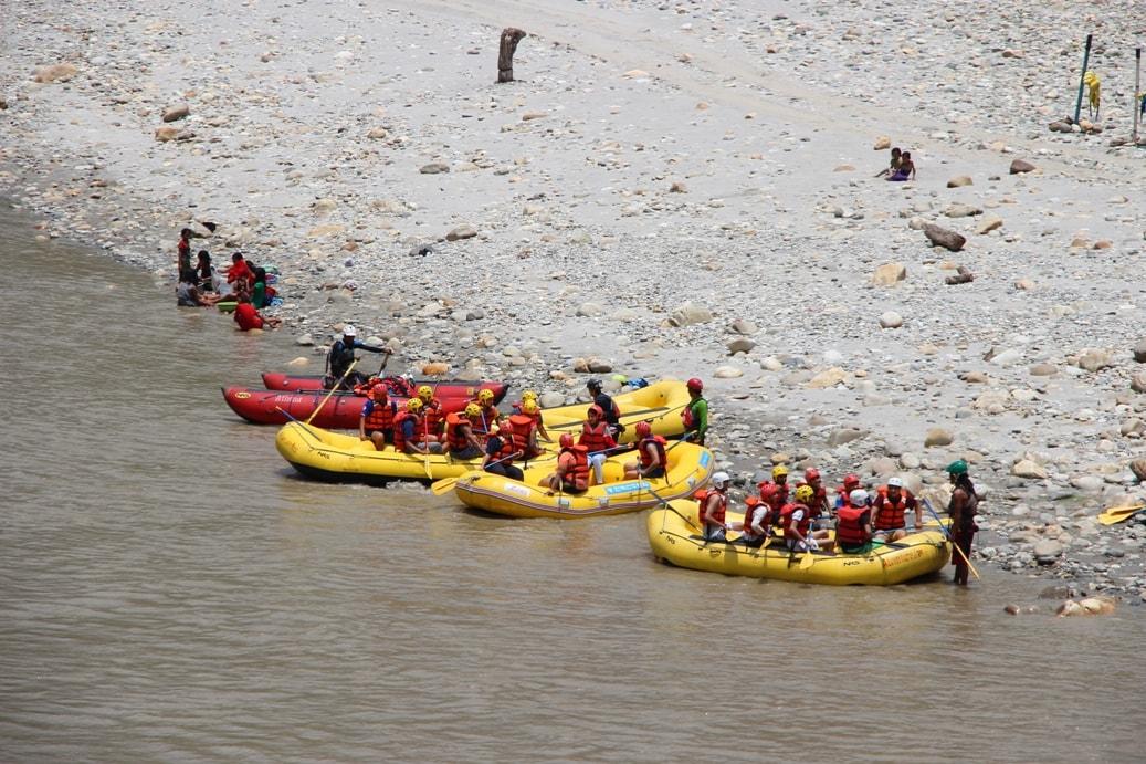 Река хорошо известна любителям сплавов