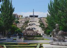 Армения, Вулканы и древности Армении