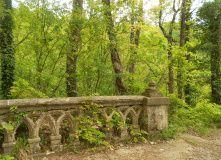 Кавказ, Скалы и дольмены предгорий Кавказа