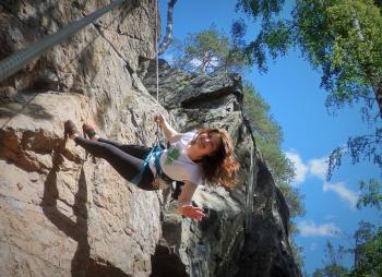 Скалолазание на Хийтольских скалах