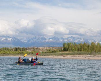 Иссык-Куль: теплое море в ладонях Тянь-Шаня