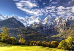 Изумрудная река и вершины Юлианских Альп