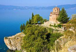 На стыке культур: неизвестная Македония с размещением в коттеджах на берегу озера